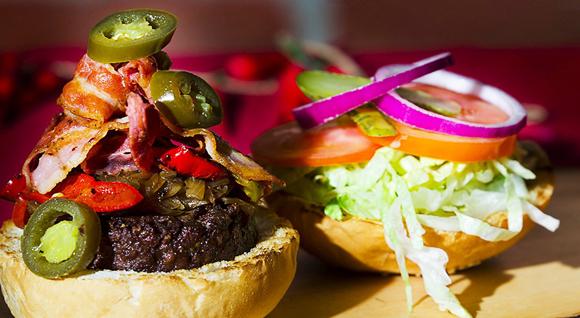 hamburgeria torino, hamburger, squisito, hamburger squisito, squisito restaurant, san francesco al campo, ristorante ciriè, ristorante caselle, specialità carne alla griglia, gourmet burger, torino, burger, hamburger personalizzabile, steakhouse, carne irlandese, hamburgeria artigianale, qualità,